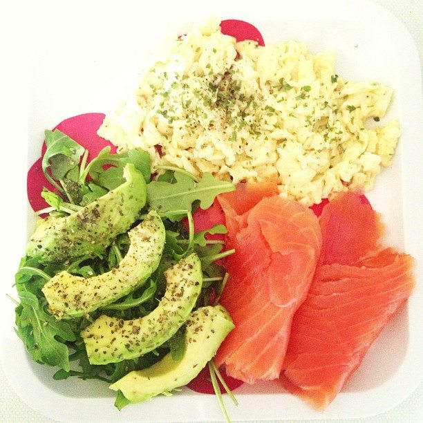 Smoked salmon with scrambled eggs and avocado