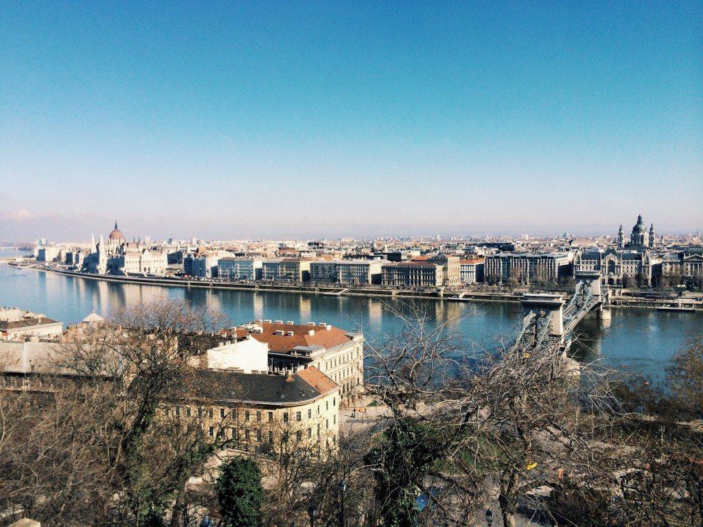 Budapest a gellert hegyböl