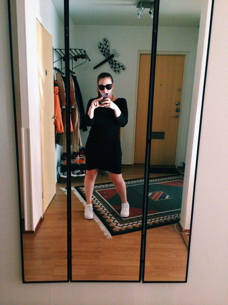 Selfie in mum's hallway
